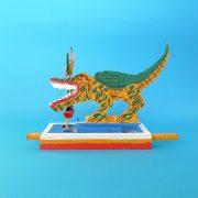 170929-03-mexico-toy-crocodile-trainer-2