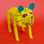 171006-01-oaxaca-woodcarving-yellow-lion-2