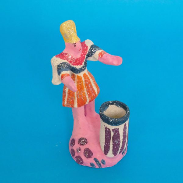トラヤカパン 土人形 天使