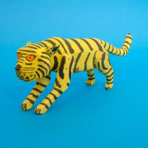180121-01-oaxaca-wood-carving-tiger-4