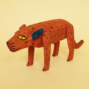 180212-01-wood-carving-red-dog-3