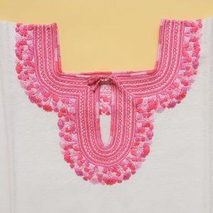 ピンク 刺繍ブラウス